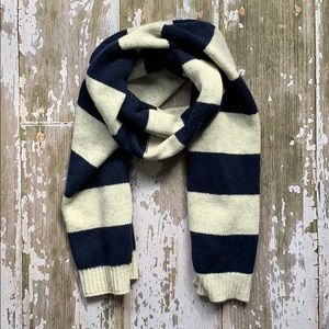 Gap navy and oatmeal striped wool scarf